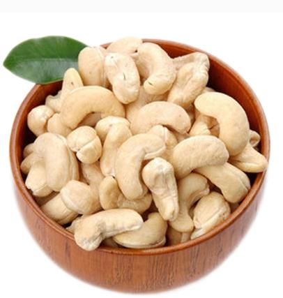 Cashew kernel -1.png